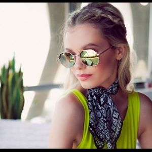 Quay Mirrored Octagon Shaped Sunglasses